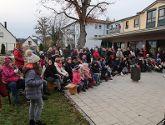 Weihnachtsmarkt im Altenheim und Weihnachtsfeier in der Grundschule